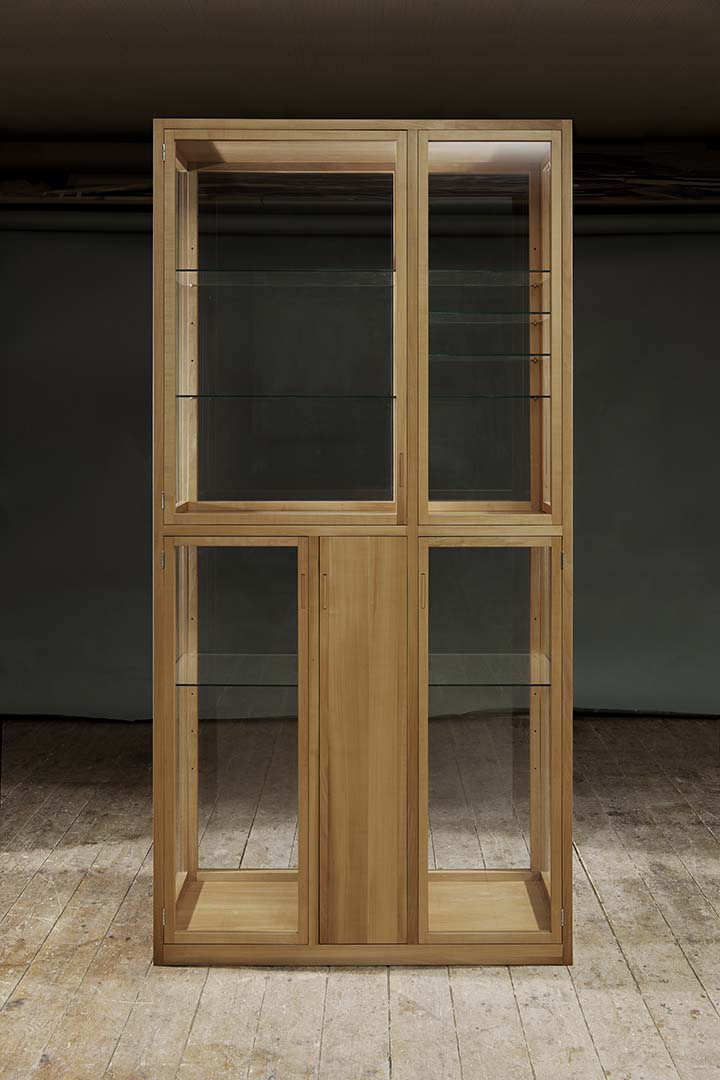 Möbel Design Glasschrank Farenholtz Hamburg (2)